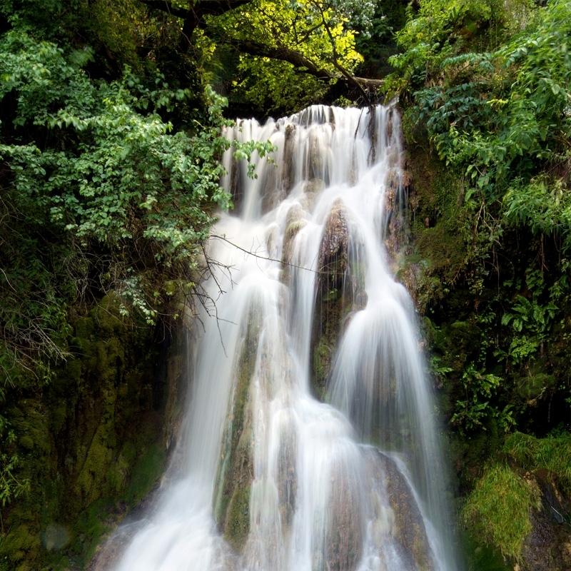 eau-de-roche-rock-water.jpg